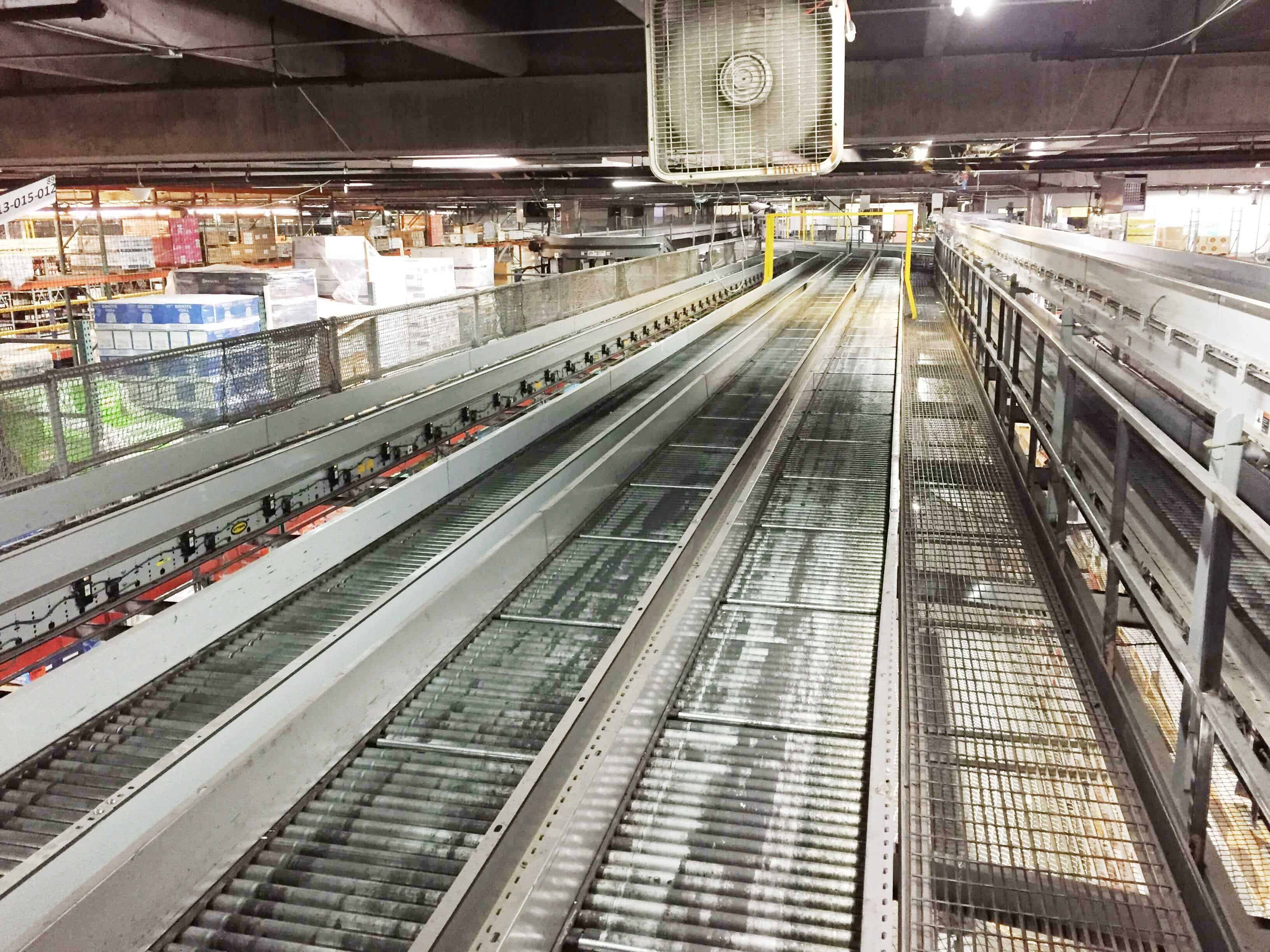 Mezzanine-Catwalk (30 inch) with Conveyor