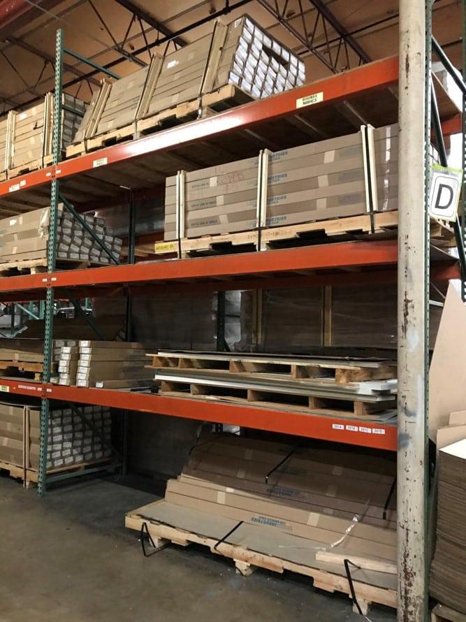 Pallet rack for distribution center